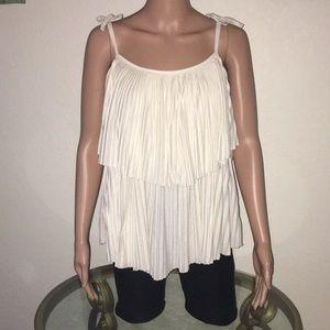 H&M ruffled sleeveless top